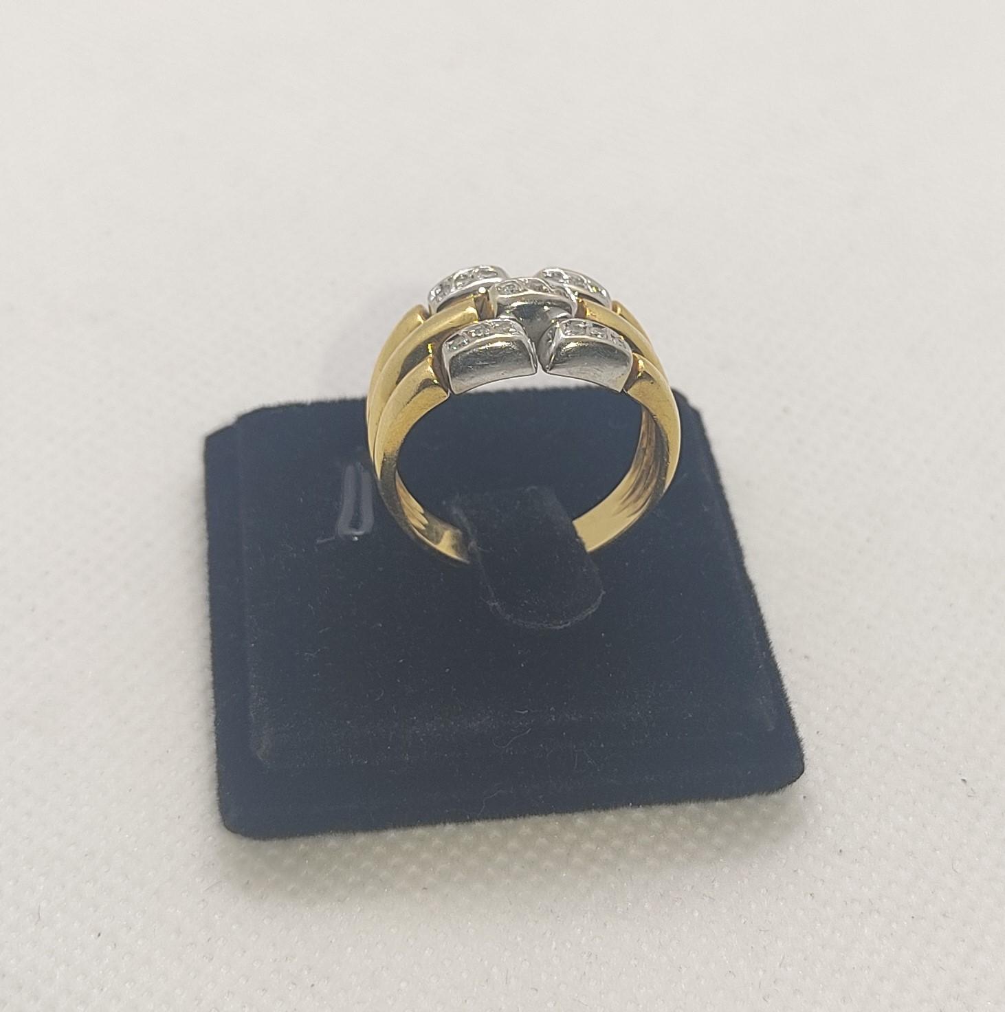 Anel de Senhora de Diamantes